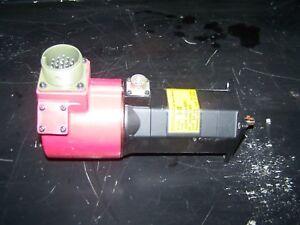 USED FANUC MODEL 3-0S AC SERVO MOTOR A06B-0533-B251