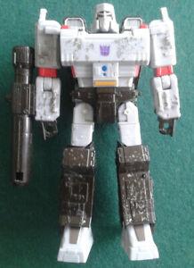 Transformers War for Cybertron Siege Voyager Class Megatron