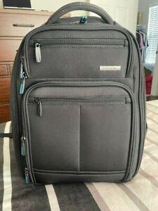 Very Nice Black Samsonite Novex Perfect Fit Laptop Backpack USED TWICE!!