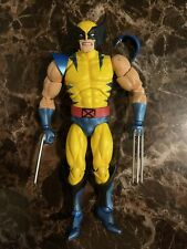 Medicom Toy MAFEX No 096 Wolverine Comic Loose Figure Broken Shoulder Pad