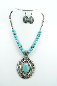 Western Cowgirl Bohemian Turquoise Pendant Necklace & Earrings Set