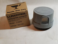 Vintage LUMATROL PHOTOELECTRIC CONTROL Locking Photocontroller 120 VAC #P2275