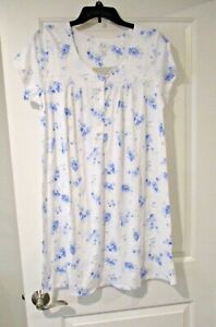 Aria womens short sleeve nightgown size Medium periwinkle floral print