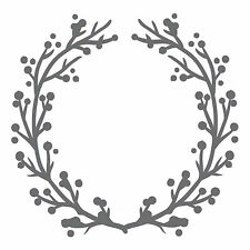 Ultimate Craftss Evita Collection: Holly & Berries Wreath 2