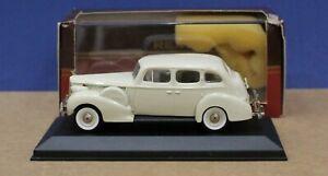 Rextoys 61 1:43 O 1940 Packard Super 8 Formal Sedan Cream MIB France