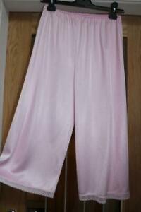 VTG PINK GLOSSY SILKY THICKER NYLON & LACE PETTI PANTS BLOOMERS SIZE 12-14