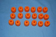 i LEGO Lot 18 Small Hard Plastic Wheels Orange 6118 GUC 7648 7692 7645 7693 7644