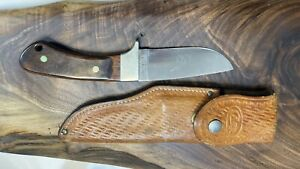 Vintage Case XX Pawnee Hunting Skinning Knife With Original Leather Sheath