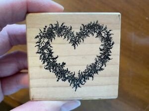 Rubber Stamp PSX F-797 Beautiful FLORAL HEART WREATH Flowers Moss Leaves
