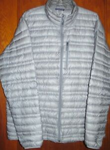 PATAGONIA Gray Down Light Weight Puffer Sweater Jacket X-Large (has tiny repair)