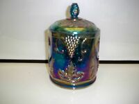 VINTAGE CARNIVAL INDIANA HARVEST GRAPE COVERED DISH