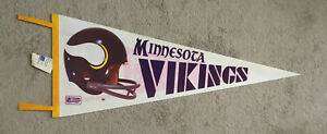 """Vintage 1970's MINNESOTA VIKINGS 30"""" x 12"""" NFL Football Classic Helmet Pennant"""