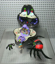 Mighty Max Trapped by Arachnoid - Blue Bird 1992