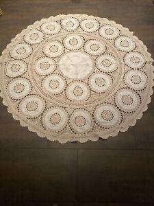 Vintage Tafeltuch Tischdecke beige häkeln und Stickerei Baumwolle  150 rund