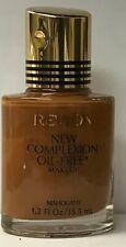 Revlon New Complexion Oil-Free Makeup 1.2 fl oz / 35.5 ml MAHOGANY