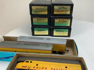 HO Athearn BB Union Pacific F7 A/B/B Locos & Bachmann 6 Car Passenger Train BK-5