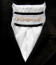 Prêt lié Deluxe Blanc Fausse Soie /& Cachemire satin Bib dressage équitation Stock