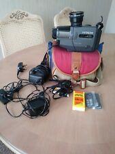 Hitachi VM-E54E 8mm cámara de vídeo/grabador con control remoto Cont Lente Gran Angular Etc.