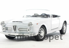 WELLY 24003CW 1960 60 ALFA ROMEO SPIDER 2600 CONVERTIBLE 1/24 DIECAST WHITE