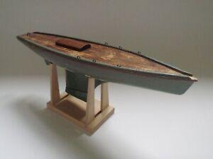 JOUET ANCIEN BATEAU VOILIER CANOT DE BASSIN EN BOIS VERS 1930