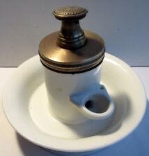 Encrier à pompe XIXème porcelaine de Paris blanche et laiton doré, A. BOCQUET