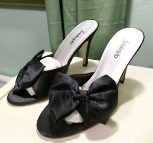 Fredericks of Hollywood Black Maribou High Heels size 9