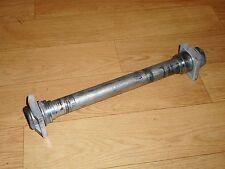 SUZUKI GSXR600-RW/RX/RY SRAD OEM 28mm REAR WHEEL SPINDLE & SPACERS 1997-2000