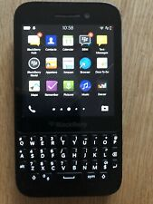BlackBerry Q5 Black 8Gb Smart Phone Locked to EE SQR100-2
