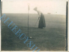 Dodhead Golf Club Woman putting 3rd green Original  Edwardian Photo 4 x 3 inch