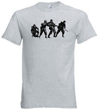 German Infantry in Dot Camo T-Shirt  WWII WW2 Waffen Wehrmact MG42 K98 ASL FURY