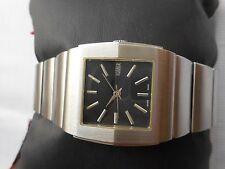 Rare Model Excellent UN-USED SS SWISS Ladies ROAMER 168 QUARTZ WristWatch
