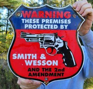 VINTAGE OLD SMITH AND WESSON 2ND AMENDMENT PORCELAIN GUN SIGN! AMMUNITION AMMO
