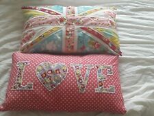 Pillows 2 pack, love  home deco