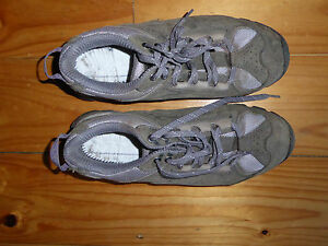 Vasque hiking shoes womens size 8.5 leather upper vibram sole almost new