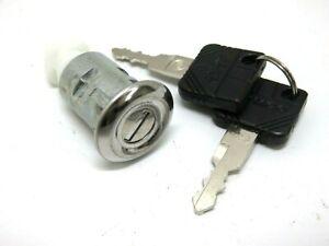 New Kymco DJ 50 Glove Compartment Lock 77239-GN2-3050