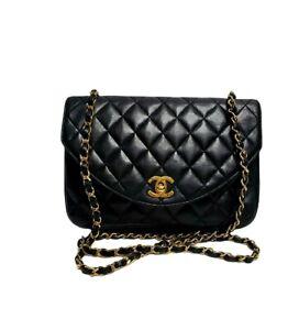 CHANEL 1980'S Vintage Black Quilted Leather Shoulder Classic Flap Bag