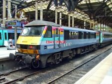 PHOTO  CLASS 90 NO 90 002 OF ONE ANGLIA AT LIVERPOOL ST ON A NORWICH SERVICE 7/0