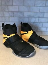 New In Box Nike Men Lebron Soldiers 10 SFG EP Black Black Gold 852419-007 Size 8