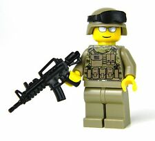 Army Modern Soldier with scorpion 2 multi camo and custom M4 Rifle REAL LEGO