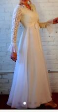 Vintage Wedding dress Size 6-8