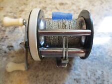 """Vintage No.727 Totem Hurricane Olympic Green Baitcaster """"Only one listed"""" Clean"""