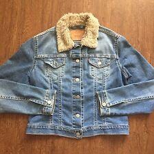 Women's Levi's Strauss Denim Blue Trucker Jean Jacket With Fur Neckline Size M