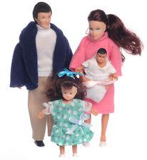 Dollhouse Miniature - AZ00020 - Modern Family Set/4 - Brunette