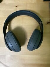 Beats by Dr. Dre Studio3 Wireless Over-Ear Headphones - Gray