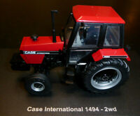 Universal Hobbies Tractor Case 1494-2WD (1983) 1/32nd BLACK & RED Model