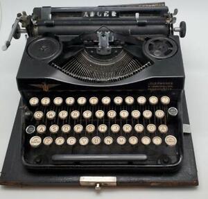 1930's Adler Portable Typewriter Model #32 Carrying Case