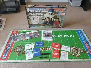 RARE TOUCHDOWN ~ VINTAGE AMERICAN FOOTBALL THEMED GAME COMPLETE NFL