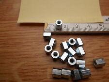 20 x Abstandsbolzen  Distanzmutter  M3  Länge ca. 6 mm / Innen- Innengewinde