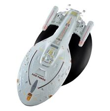 Star Trek Starships Collection Issue 6 USS Voyager NCC-74656 Eaglemoss Model Toy
