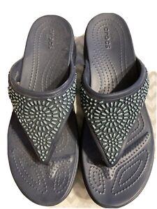 CROCS Monterey Diamonte Wedge Navy Blue Flip Sandal Women's Size 10 Wide